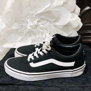Vans Ward Off The Wall Black White Sneakers